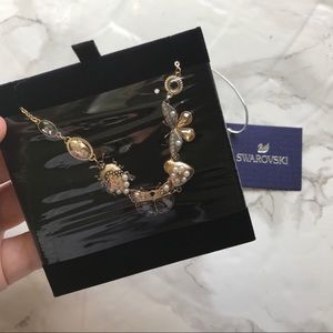 NWT/NIB Swarovski Necklace